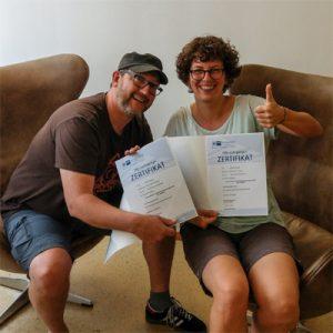 Madeleine Grobe und Daniel Nübling mit IHK Zertifikat zum Datenschutzbeauftragten (IHK)