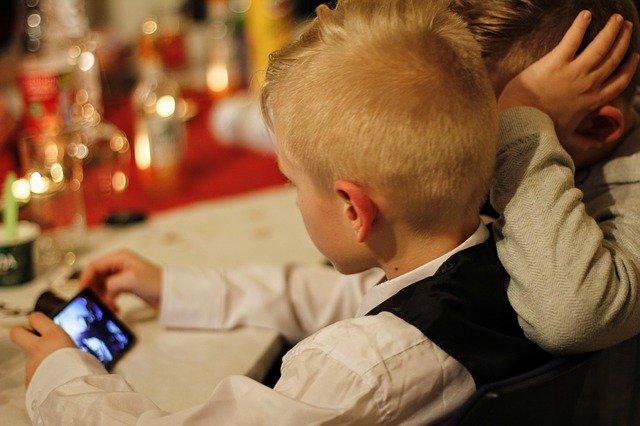 Kinder im Netz begleiten